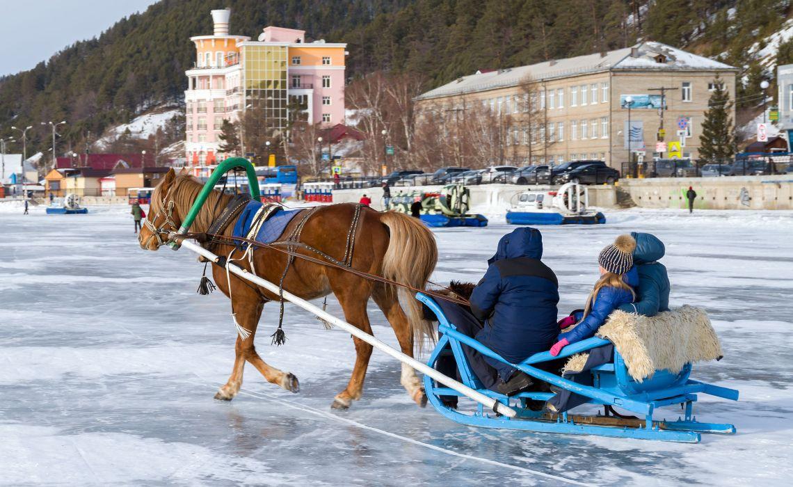 Pferdeschlittenfahrt in Listwjanka